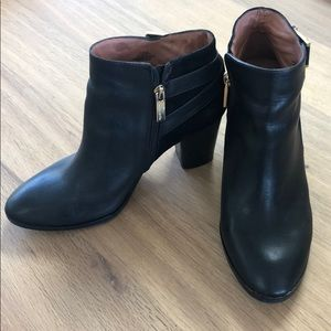 Louise Et Cie Vasca leather suede black booties
